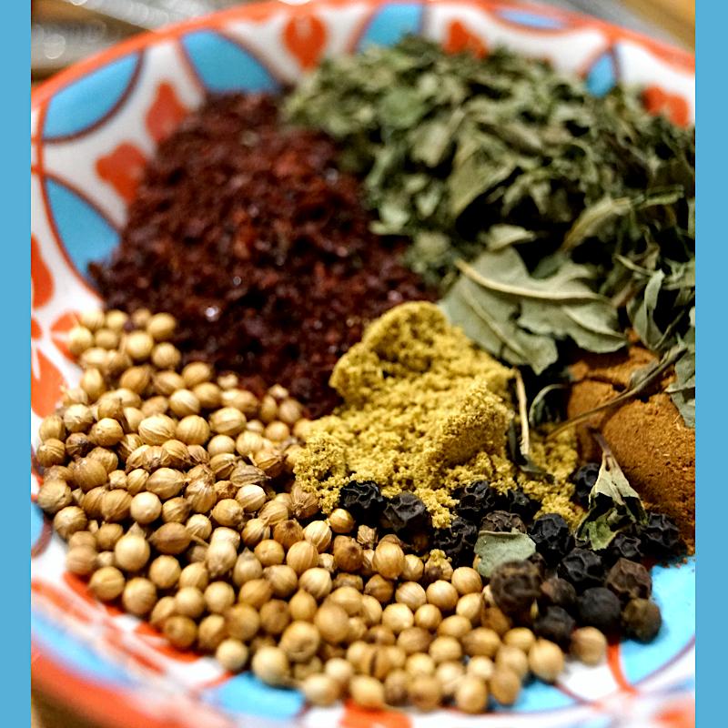 Spice blend for medieval meatballs